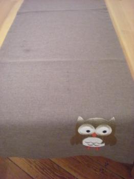 Owl table runner