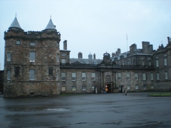 Holyroodhouse Palace in the rain