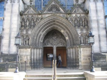 Entrance to St Giles'