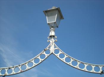 Ha'Penny Birdge lantern