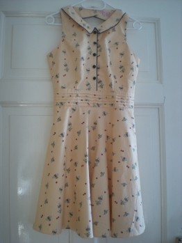 Bee dress, without filling