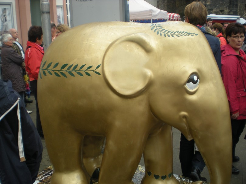 A golden elephant