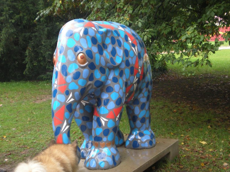 Trier blue elephant