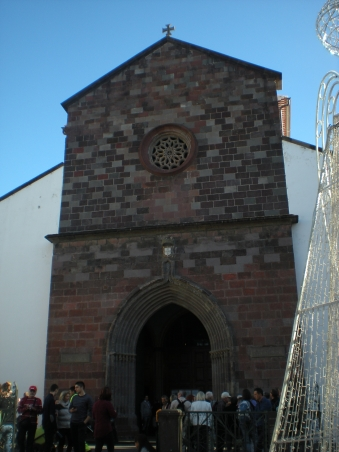 The front of Funchal Cathedral
