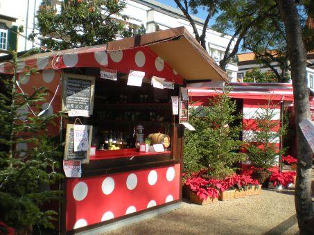 Mini Christmas market in Funchal