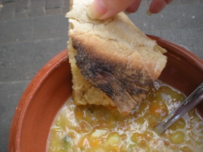 Delicious soup and gralic bread!