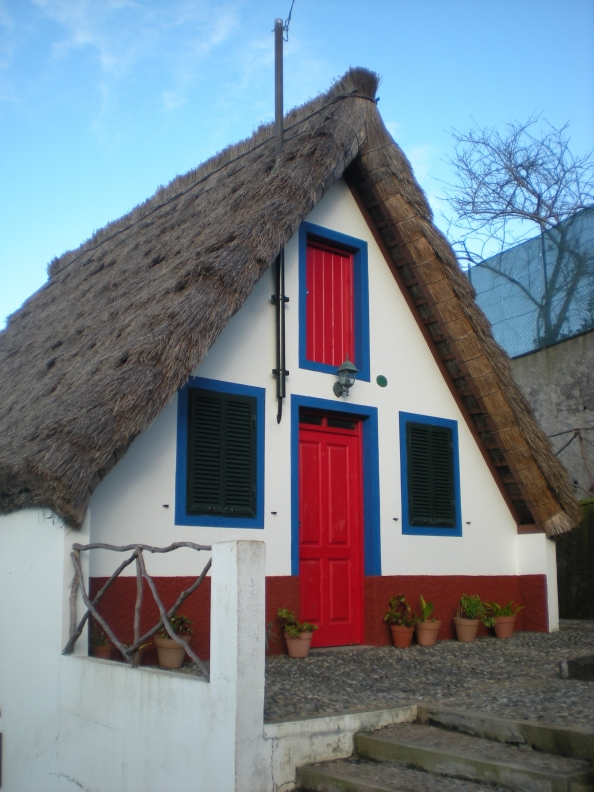 A genuine traditional Portuguese building!