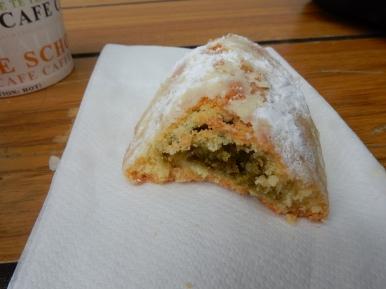 Pistachio pastry
