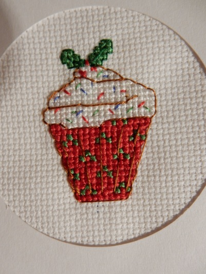Cross stitch Christmas cupcake