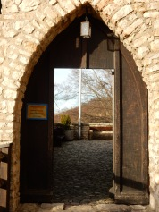 Entrance to Burg Reichenstein