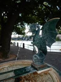 basilisk-fountain1