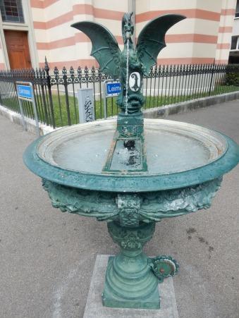 basilisk-fountain5