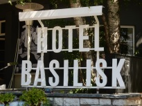 basilisk-hotel