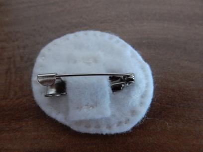brooch-back1