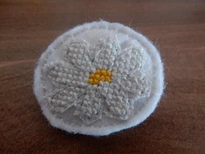 daisy-brooch3