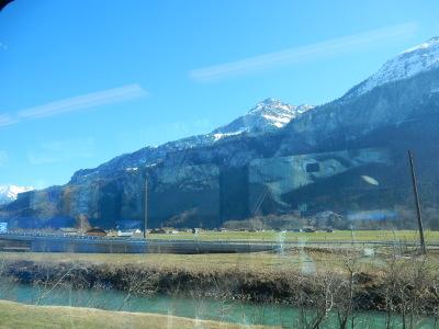 7-train view