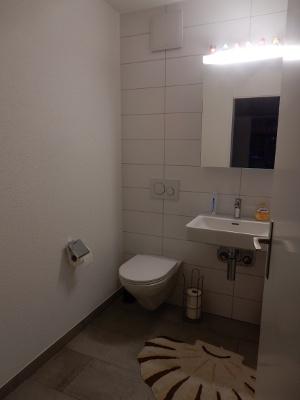 2ndBathroom2