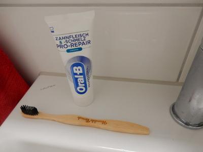 4-toothbrush