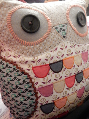 12-owl cushion