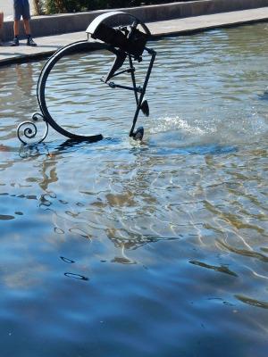 5-Tinguely fountain