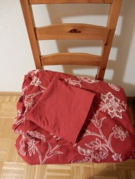 12 spare bedding